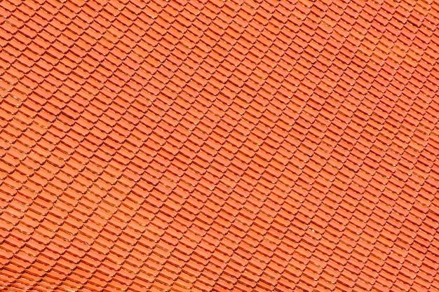Orange ziegeldachmuster am tempel