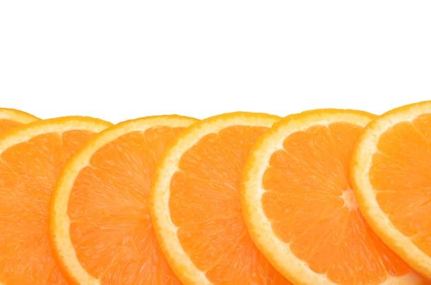 Orangen auf weißer oberfläche