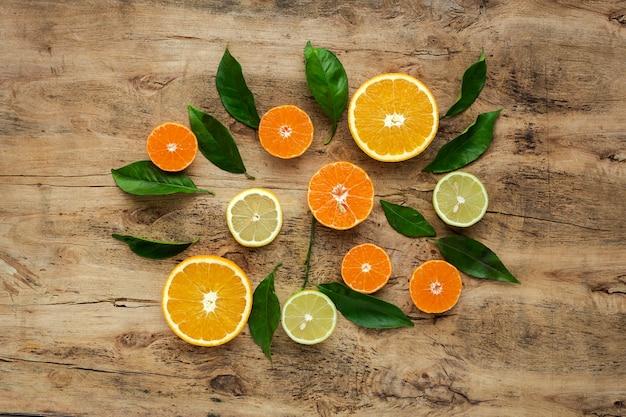 Orangen, mandarinen und zitronen