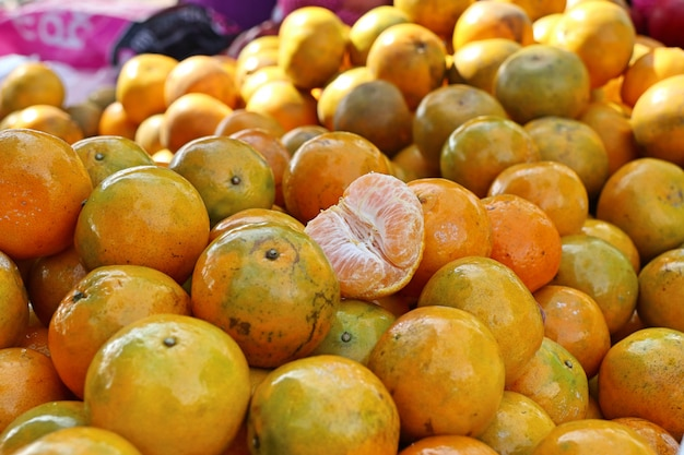 Orangenfrucht am straßenlebensmittel