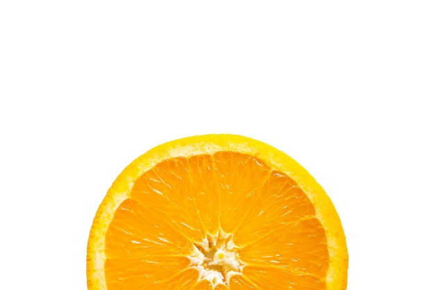 Orangenfrucht auf weiß