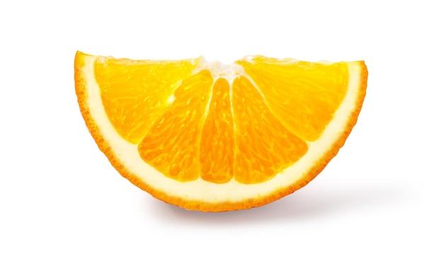 Orangenfrucht. orang-scheiben-isolat auf weiß. mit beschneidungspfad