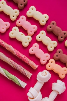 Organisierte süße hundesnacks