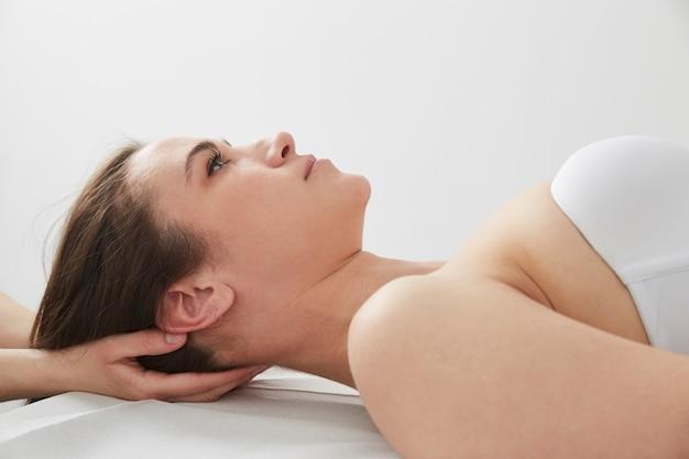 Osteophatie- und massageanwendungen