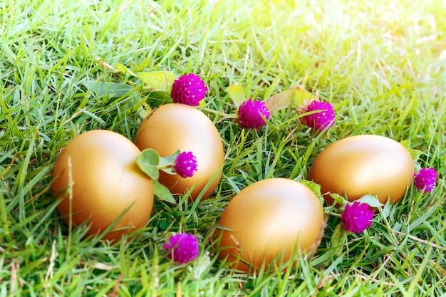 Osterei ! glücklich bunte ostersonntag jagd feiertagsdekorationen ostern konzept hintergründe