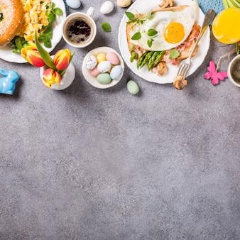 Osterferien frühstück flach legen