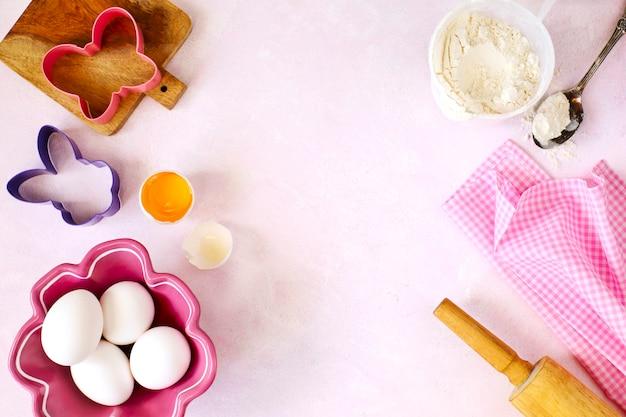 Ostern backen. lebensmittelzutat für kekse. ostern mit exemplar