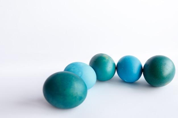 Ostern, feiertage, tradition, stil und minimalismuskonzept