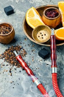 Ostfrucht rauchen nargile