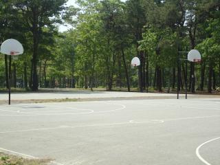 Outdoor-basketballplatz
