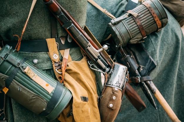 Outfit auf dem soldaten wehrmacht