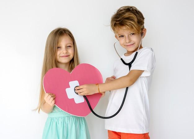 Paar kinder freund zusammengehörigkeit protrait
