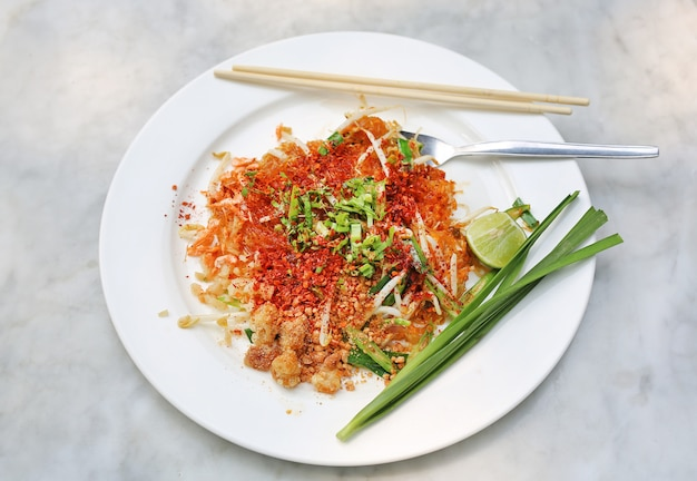 Pad thai, thai food (thailands nationalgerichte)