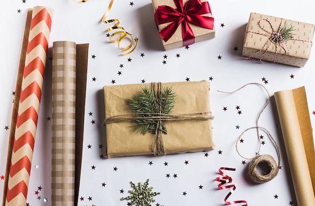 Paketweihnachtsgeschenkkastenweihnachtsverpackungs-packpapier des neuen jahres,