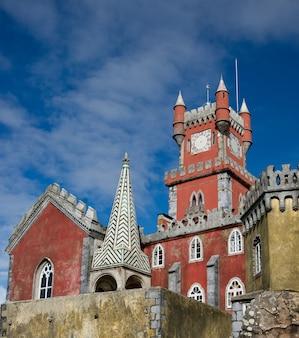 Palast von pena in sintra lissabon berühmtes wahrzeichen