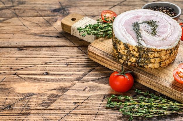 Pancetta, typisch italienischer roher speck