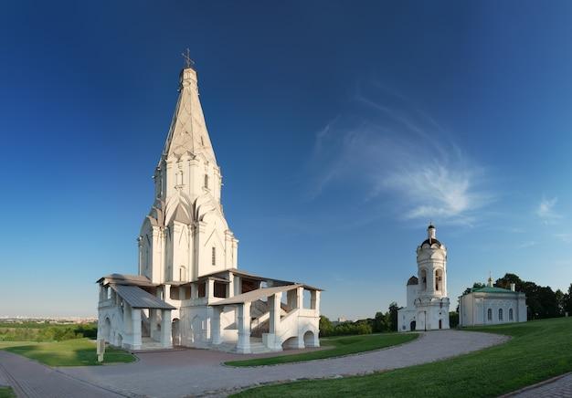 Panorama der himmelfahrtskirche im staatlichen museumspark kolomenskoye moskau russland
