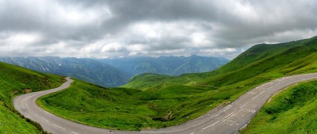 Panorama des aubisque-passes in den französischen pyrenäen
