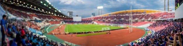 Panorama des auszuges verwischte foto des fansports am stadion