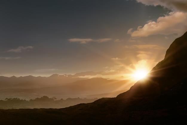 Panoramablick auf die landschaft