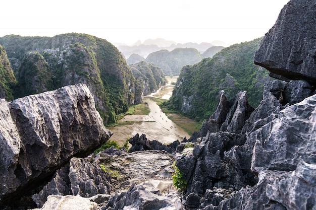 Panoramablick auf hang mua berg