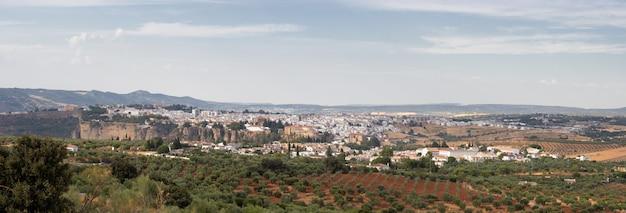 Panoramablick auf ronda in der provinz malaga