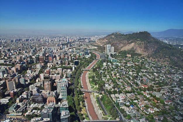 Panoramablick auf santiago von torre costanera, chile