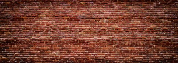 Panoramablick der maurerarbeit, backsteinmauer als hintergrund