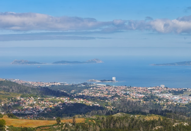 Panoramablick über die stadt vigo. Premium Fotos