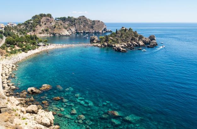 Panoramablick von isola bella, taormina