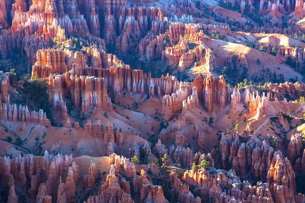 Panoramalandschaft bryce canyon nationalpark bei sonnenuntergang uns
