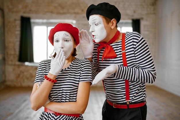 Pantomime, gesten-szene, parodie-komödie