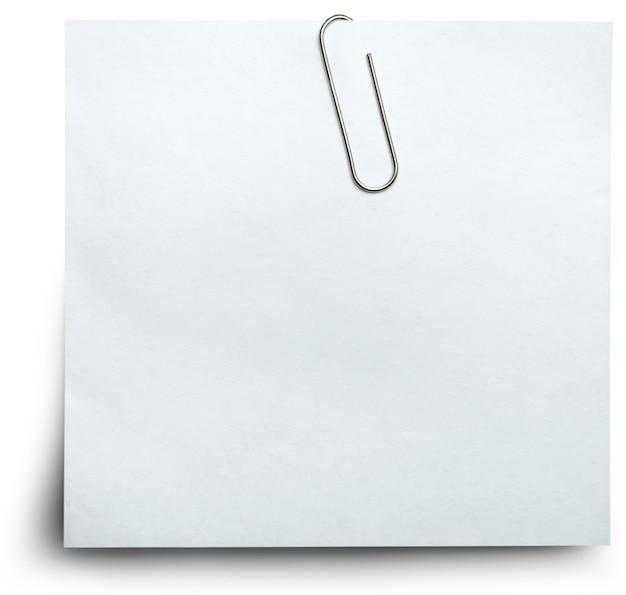 Papier mit büroklammer gehalten