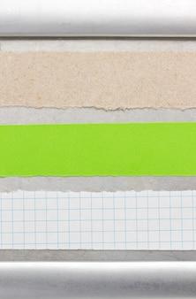 Papier- und metallhintergrundbeschaffenheit