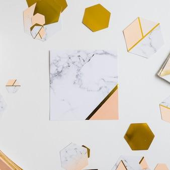 Papierdekoration marmor und gold