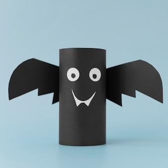 Papierdekorationen für halloween fledermaus