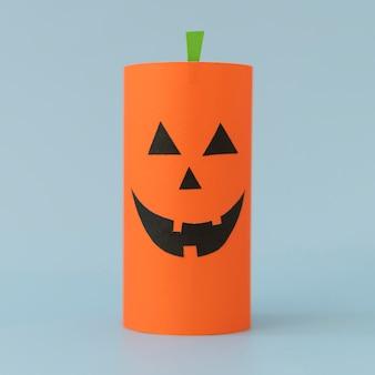 Papierdekorationen für halloween-kürbis
