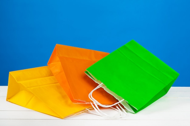 Papiereinkaufstüten