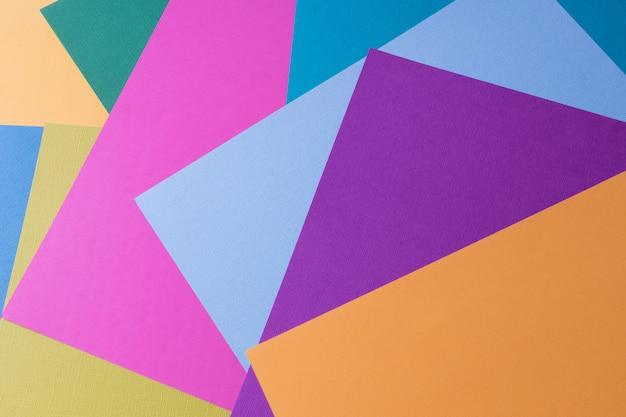 Papierhintergrund der kreativen pastellfarben, ansicht von oben, fahne.