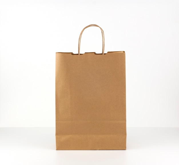 Papiertüte aus recycelten materialien