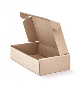 Pappkraftpapierkasten offen und lokalisiert