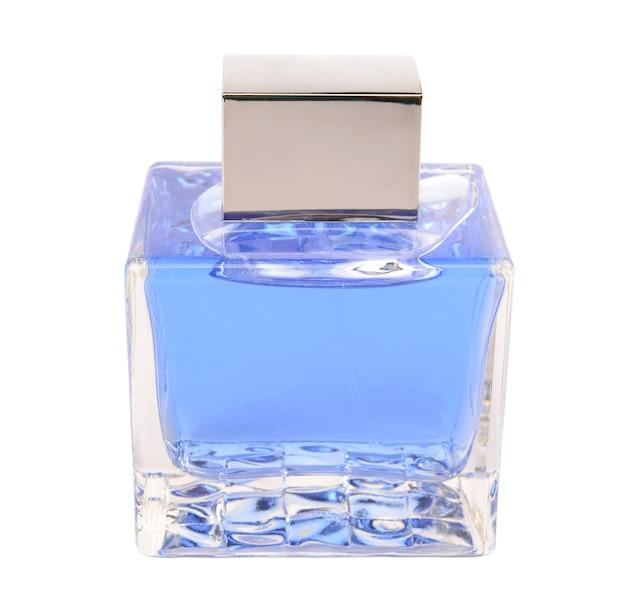 Parfüm auf weißem hintergrund