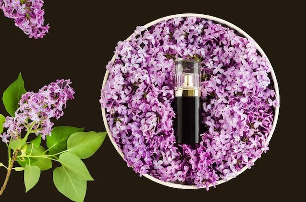 Parfümiert mit einem lila blumenaroma