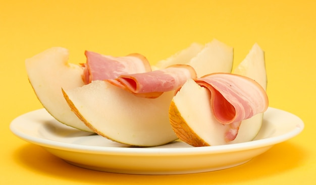 Parmaschinken und melone