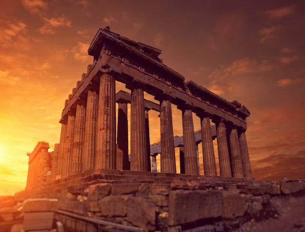 Parthenon tempel an einem hellen tag