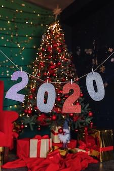 Party des neuen jahres 2020 zahlen, weihnachtsbaum