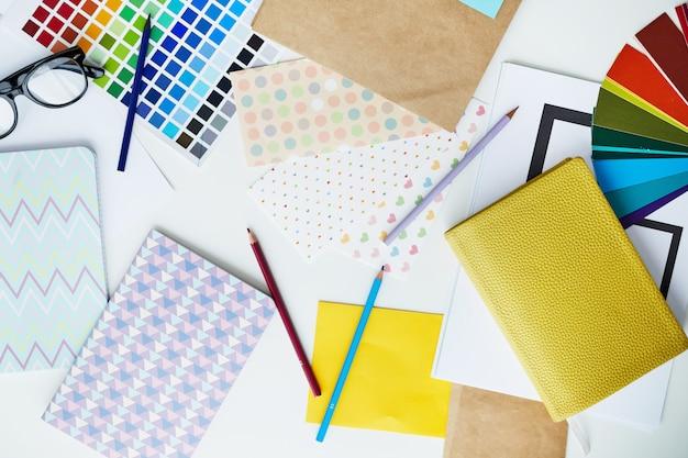 Pastell büromaterial