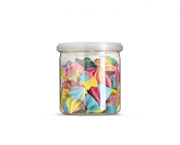 Pastellfarbe baiser in flasche isoliert