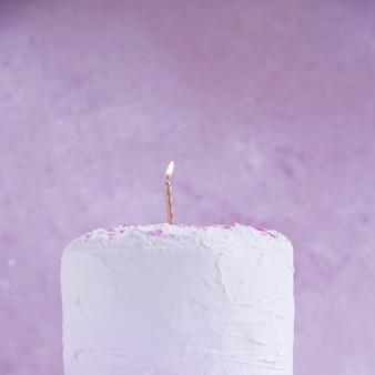 Pastellfarbgeburtstagskuchen