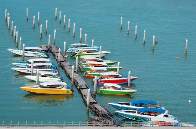 Pattaya-stadt scape schöne buchtansicht.